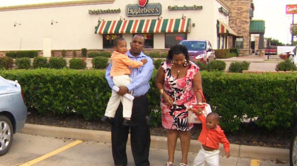 Family of 'active' kids shocked to be kicked out of Applebee's