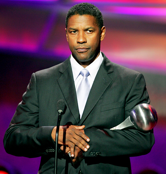 denzel washington crooked thumb