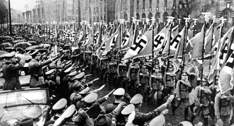 an introduction to the causes for the rise of nazism during world war two Germany was humiliated by world war i b the nazis came to power in the 1930s during world war ii, the united states 690_wwii_introduction_to_world_war_ii.