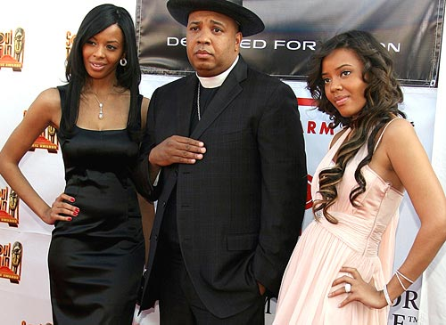 vanessa simmons reveals father reverend runs reaction to