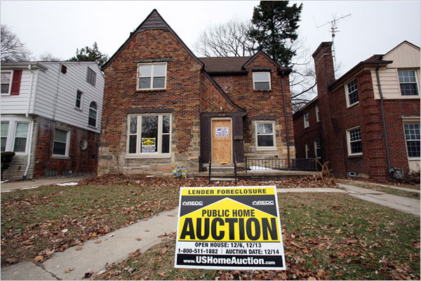 After Wave of Foreclosures, City of Detroit Struggles to Sell ...