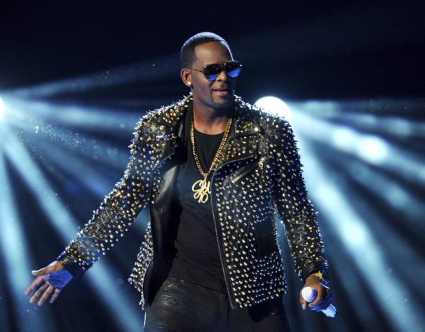 R Kelly interviewed by police over allegations of 'keeping two women hostage'