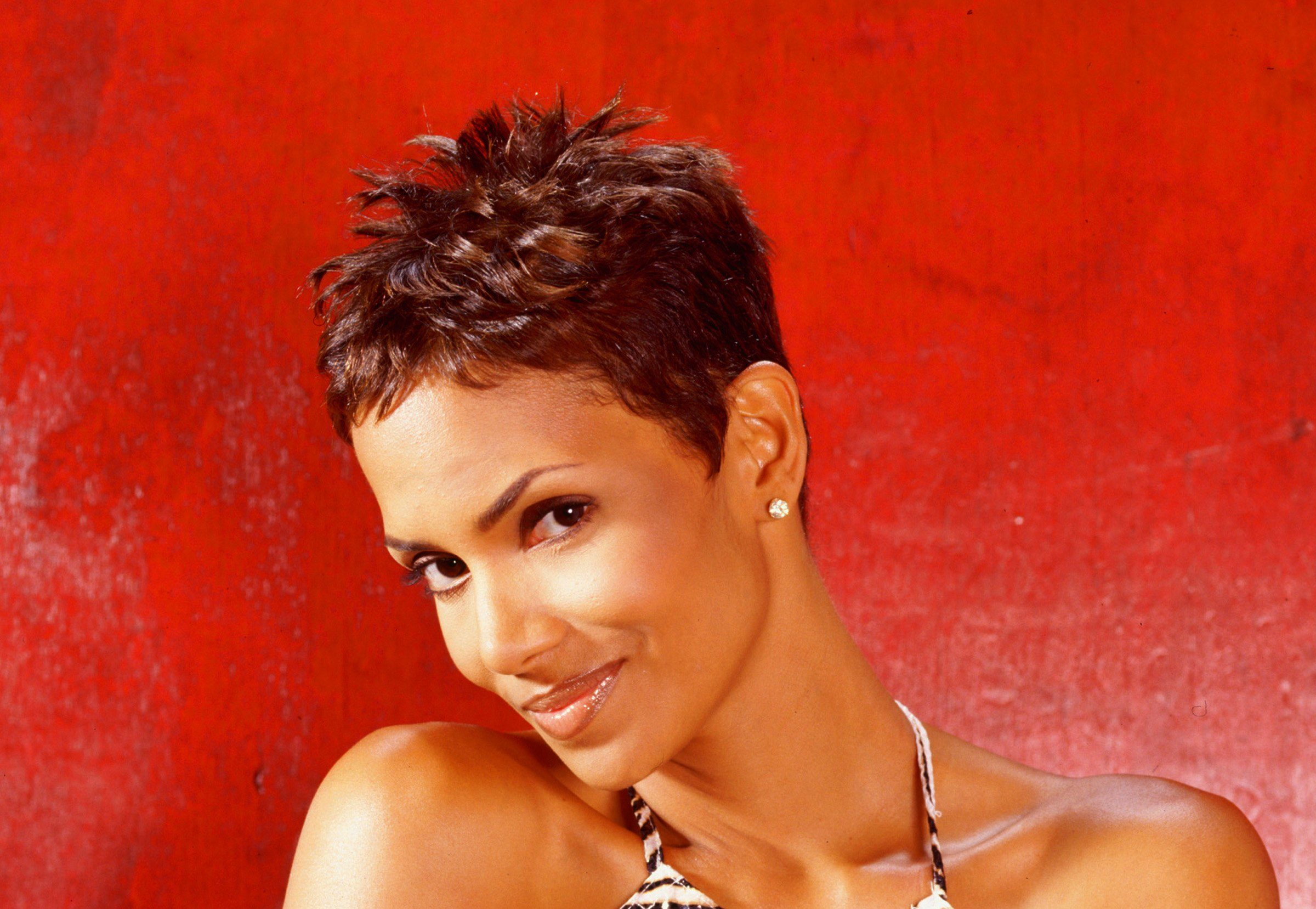 I Dared To Cut It Short Halle Berry On How Drastically Changing Her Hair Landed Her The First Acting Gig Of Her Career